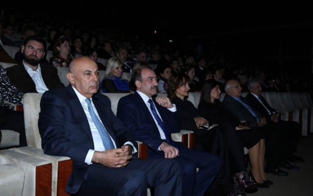 Rəşid Behbudovun 100 illiyi