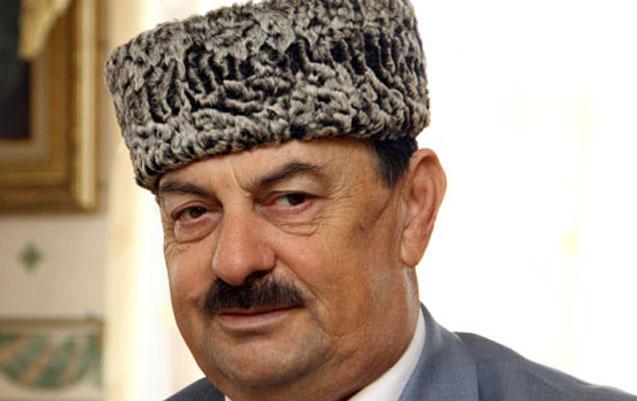 Ağaxan Abdullayev vəfat etdi