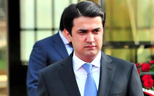 Prezident oğlunu vəzifəyə gətirdi