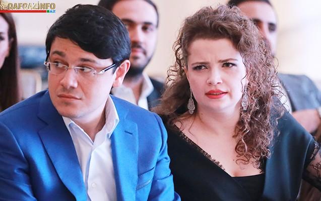 Azərbaycanlı deputat xanımı ilə