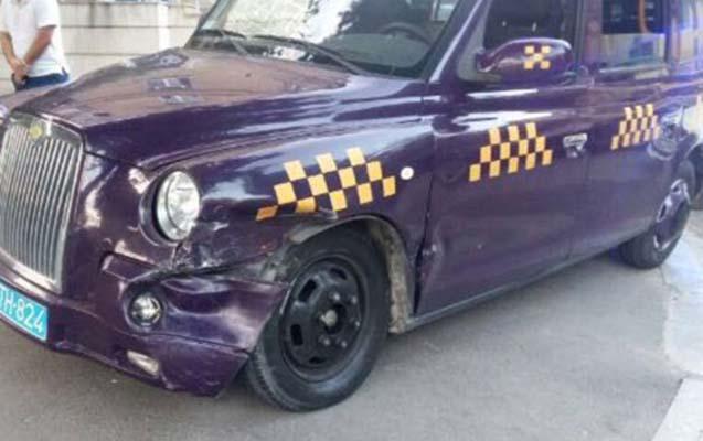 """""""London taksisi"""" piyadanı vuraraq öldürdü"""