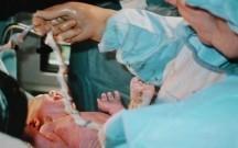 Qobustanda doğuş zamanı ana öldü
