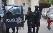 Meksikada tələbələr avtobusları yandırıblar