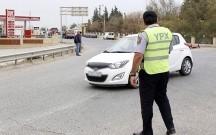 Azərbaycanda sürücü yol polisini vurub qaçdı