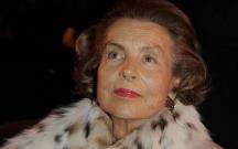 Dünyanın ən varlı qadını öldü