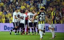 """""""Fənərbaxça"""" """"Beşiktaş"""" oyununda 3 qol"""