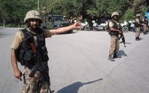 Pakistanda polislərin olduğu maşın partladıldı, 6 ölü