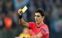 Azərbaycanlı hakim erməni futbolçunu cəzalandırdı