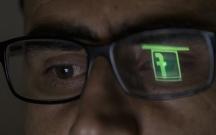 """""""Facebook""""un """"taxtı"""" əlindən alındı"""