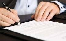 21 notariusun fəaliyyətinə xitam verilib