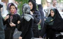 İranda qadınların geyimi ilə bağlı qayda dəyişir