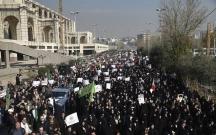 Tehranda minlərlə insan aksiya keçirir