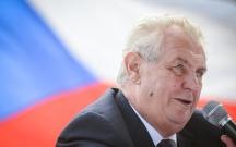 Miloş Zeman prezident seçkilərinin ilk turunda qalib gəldi