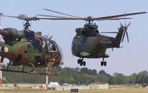 Fransada iki hərbi helikopter toqquşdu