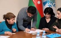 Gəncədə İlham Əliyev üçün imzatoplama kampaniyasına başlanılıb Fotolar