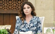 Mehriban Əliyeva diplomatların xanımları ilə görüşdü