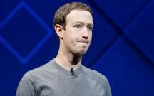 """""""Facebook"""" ziyana düşdü"""