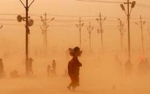 Hindistanda qum fırtınası yenidən başladı