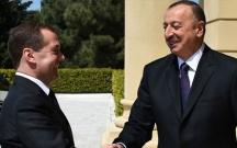 Dmitri Medvedev İlham Əliyevə məktub göndərib