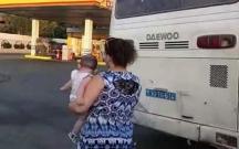 """Bakıda avtobus """"zapravka""""ya çırpıldı"""