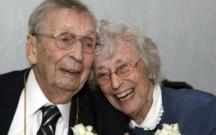 100 yaşlı qoca 98 yaşlı arvadının ölümünə 2 gün dözə bildi