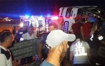 Bursada şagirdlərin avtobusu dərəyə yuvarlandı