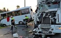 Türkiyədə rus turistləri daşıyan avtobus qəzaya düşüb