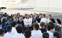 Prezident məktəbin açılışında