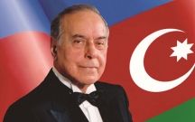 Heydər Əliyevin vəfatından 15 il keçir
