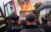Şəmkirdə 4 otaqlı ev yandı