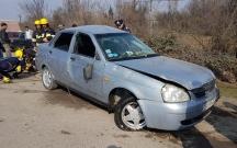 Ucarda maşın su kanalına aşdı, sürücü öldü