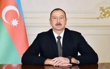 """Prezident üç generalı """"Rəşadət"""" ordeni ilə təltif etdi"""