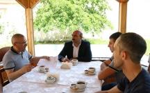 İcra başçısı Dilqəm Əsgərovun oğlu ilə görüşdü