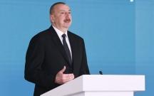 Prezident Neftçilər Günü ilə bağlı mərasimdə