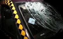"""""""London taksisi"""" yük maşını ilə toqquşub, yaralı var"""