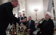 Ərdoğan Putin və Ruhani ilə əncir yedi