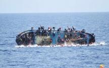 İtaliyada miqrantların qayığı batdı, 12 ölü