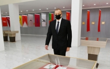 Prezident açılışda maska taxdı