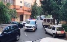 Bakı polisi küçələrdə çağırış edir