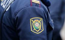 Polis əməkdaşı xidməti silahla özünü güllələdi