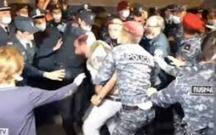 Ermənistanda etirazlar zamanı toqquşmalar oldu