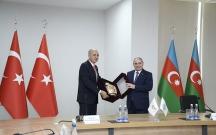 Tahir Budaqov Numan Kurtulmuş və nümayəndə heyəti ilə görüşdü