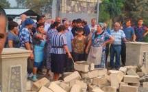 İcra Hakimiyyəti mərkəzi bazarı bağladı