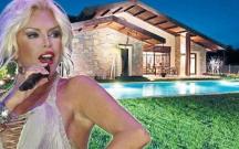 Ajda özünə 2,5 milyon avroluq villa aldı
