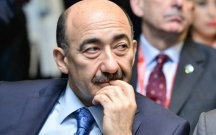Nazir Milli Şuranın mitinqinə gedən aktyorlardan danışdı