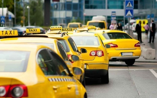 Bakıda taksi sürücüsünü kəndirlədilər