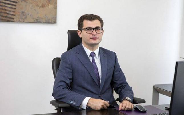 """Şakir Rəhimov """"Bank Respublika""""ya sədr gətirildi"""