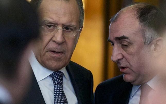 Məmmədyarov, Lavrov və Nalbandyan görüşür