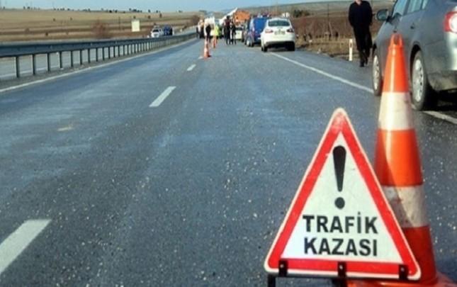 """Türkiyədə bayramda yollar """"qan gölü""""nə döndü"""
