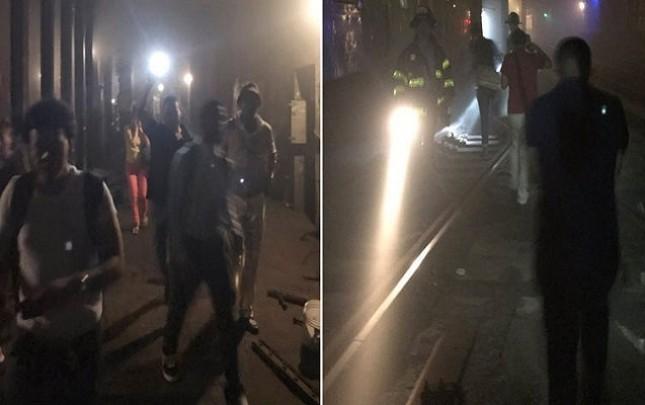 Nyu-Yorkda qatar relsdən çıxdı